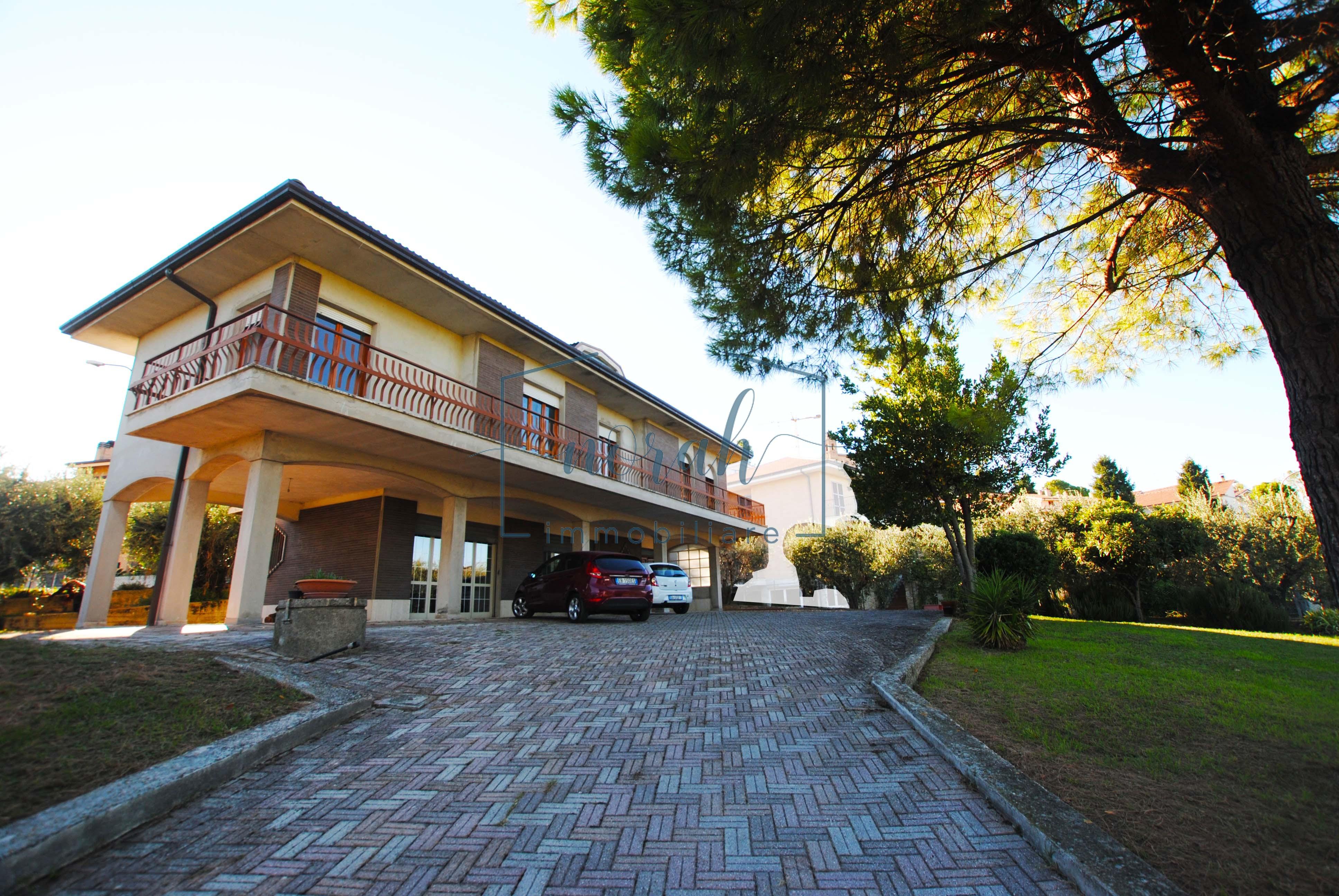 Villa Indipendente In Vendita– Magliano Di Tenna – Codice NV4